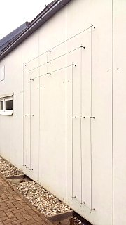 Wire rope system on sandwich-panels
