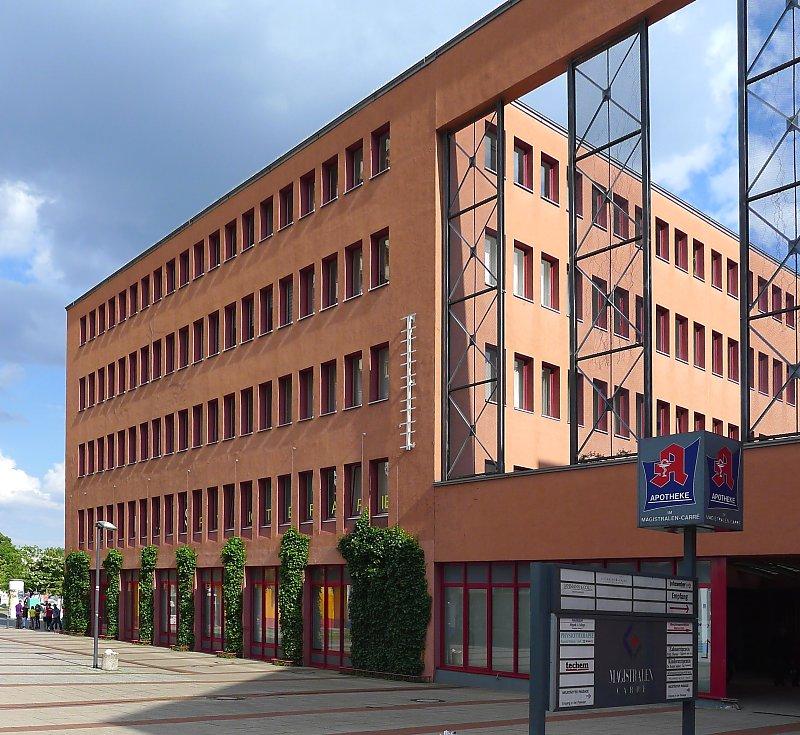 Bauhaus stil und neues bauen infos zu fassadenbegr nungen for Modern massiv bauen halle