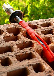 Parallel expansion fixing in hollow brick