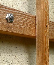 Small trellis wall holder for wooden trellises